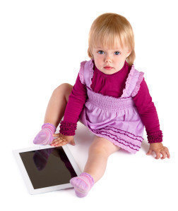 The little girl with iPad
